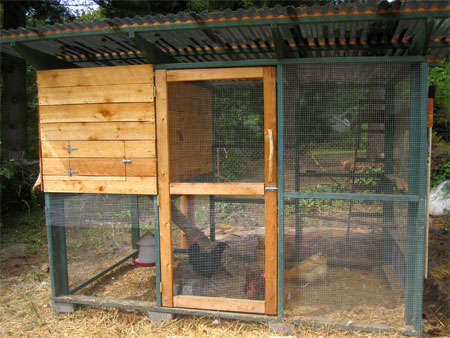 Explore your chicken coop options tbn ranch for Easy way to build a chicken coop